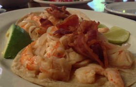 Tacos de camarón al chipotle