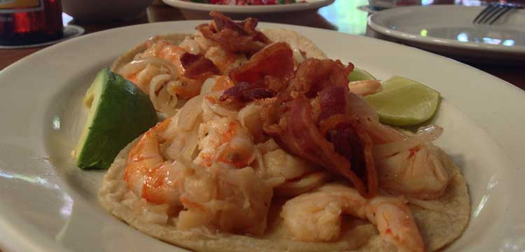 tacos de camaron al chile chipotle