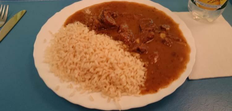 carne de cerdo en salsa roja