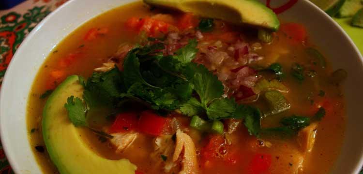 sopa mexicana de tomatillos asados