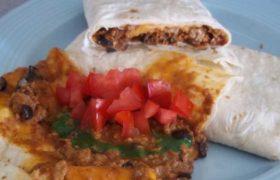 Burritos mexicanos de chile con carne
